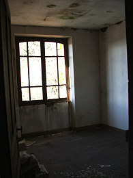 french property renovation bedroom