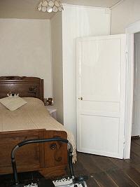 cruese bedroom