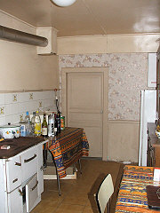 french-property-investment-31066Kitchen