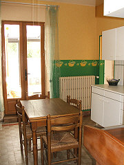 houses-for-sale-france-31035Kitchen